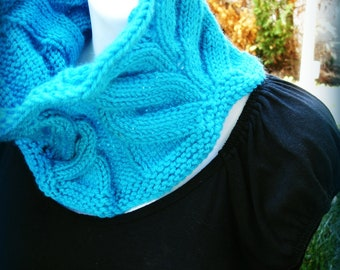 Knitting PATTERN   A Whale of A Cowl   Knit Lace Cowl