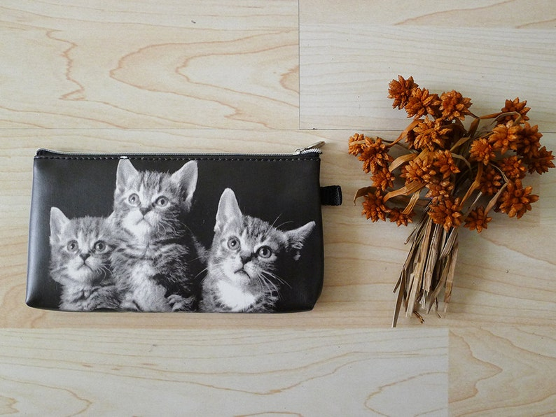 Super Cute CAT LOVERS zipper pencil case kittens printed  7cb5b7579dde5