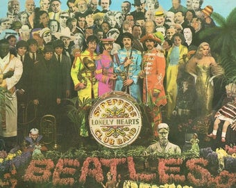 Original vintage 1960s Sgt Peppers Lonely Hearts Club Band, The Beatles, Mono vinyl record album, with cut out sheet