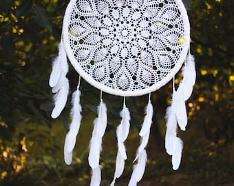 Extra Large Dream Catcher for Wedding or Nursery Decor - Bohemian Decoration with Feathers and Floral Crochet - Giant Dreamcatcher
