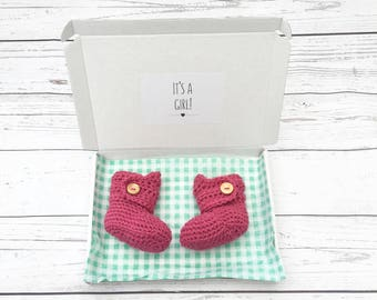 gender reveal booties, it's a girl, baby girl booties, pink baby reveal, crochet baby boots, baby girl shoes, pregnancy announcement