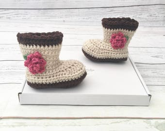 baby girl booties | baby flower shoes | crochet baby boots | baby shower gift | crochet photo prop