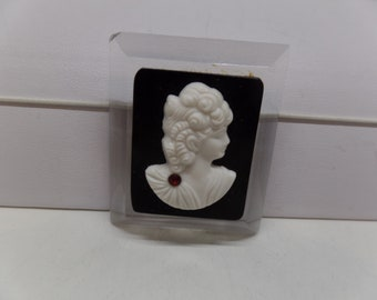 Lovely Carved Lucite Black Cameo Brooch