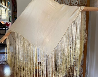 Antique 20s silk piano shawl in ivory with amazing ombré fringe from ivory to yellow