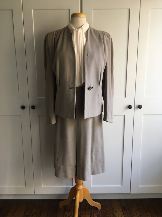 Late 1940s Early 1950s Gray two piece suit set - image 3