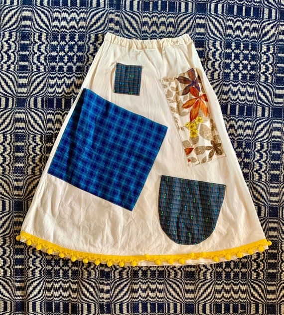 1960s Flour Sack Skirt with Lots of Pockets and Po