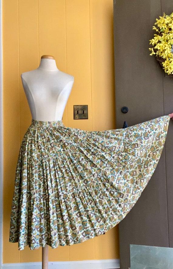 1950s Nardis of Dallas circle skirt, seersucker fa