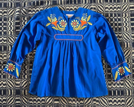 La Casa de Josefa Peasant Style Turquoise Blouse w