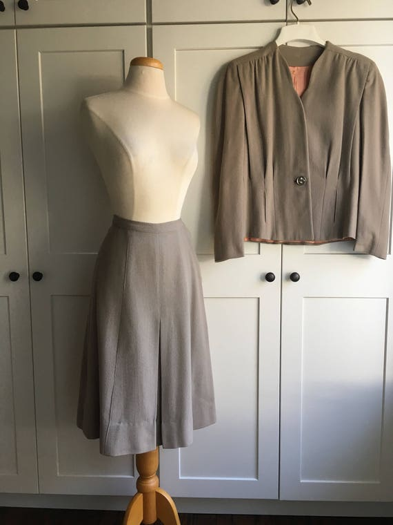 Late 1940s Early 1950s Gray two piece suit set - image 4