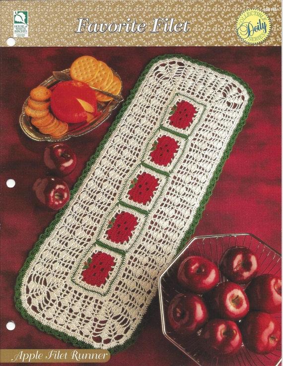 Favorite Filet crochet pattern leaflet Gothic Lattice Doily Table Topper