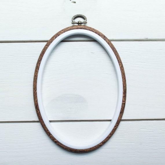 FaceNose Anatomical 4\u201d x 5.5\u201d Oval Embroidery Hoop