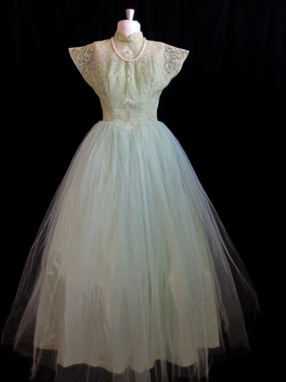 1950s Sweet Green Illusion Chantilly lace Sweethea
