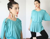 Vintage 1970s 80s small Vicky Vaughn turquoise blouse cold shoulder blousy blouson tunic