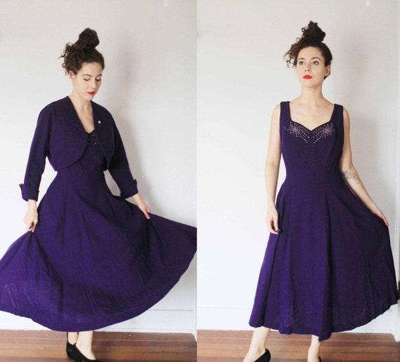 Vintage 1950s Aywon Originals small royal purple w