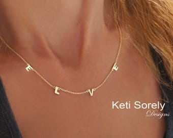 Single Initials Necklace - Family Initials Necklace - Mother's Jewelry - Silver, Yellow Gold or Rose Gold - Dainty Initials Necklace
