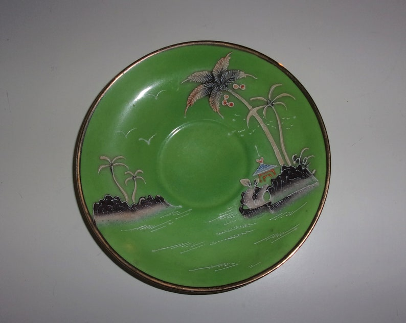 Hidekichi Nakamura Antique Japanese fine porcelain tea saucer Moriyama Mori-machi Moriyama Pottery Pagoda Ocean
