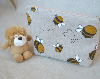 Linen Zipper Pouch with bees