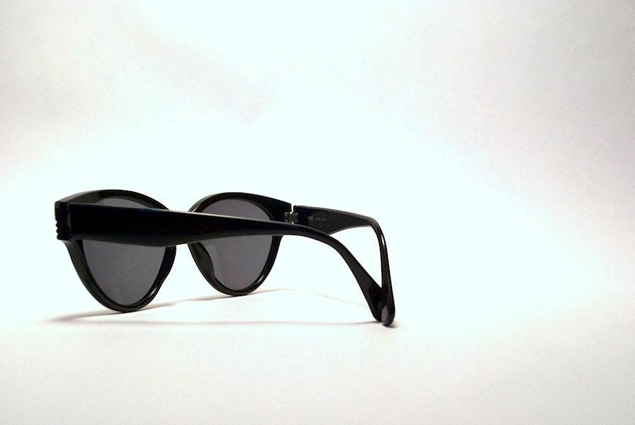 Vintage 80s Chunky Black INDO Brand Sunglasses.