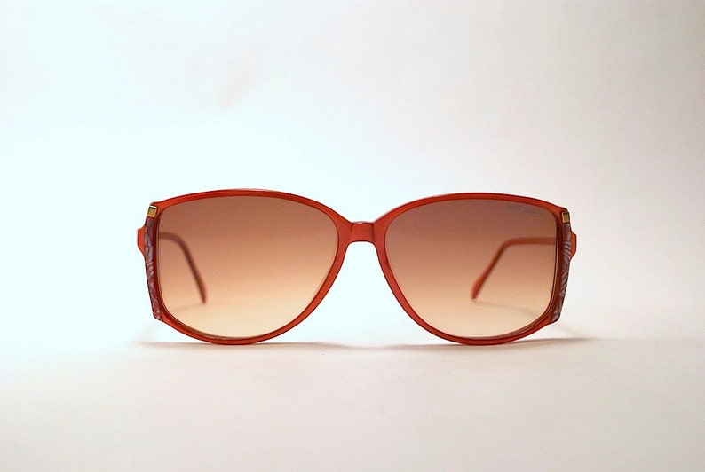 1fb6434d785f Vintage Sunglasses Vintage 80s 90s INDO BRAND Iridescent Red