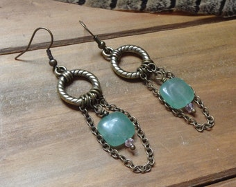 Lovely Adventurine and Antique gold earrings, Romantic Jewelry *ADDISONROSE*