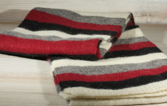 Vintage 80s Eddie Bauer Striped Neck Scarf - Winte