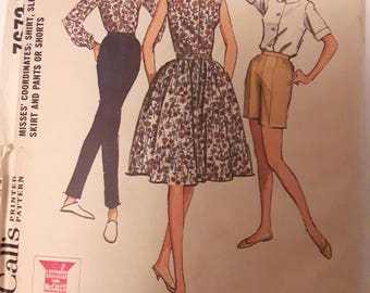 Vintage Out of Print Discontinued McCalls 7672 Sewing Pattern