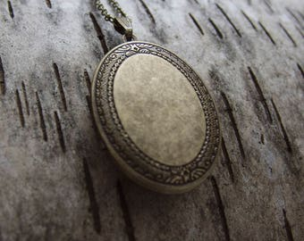 EYRIE Brass Perfume Locket Necklace