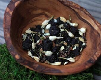 DARK HOLLOW Premium Tea Blend // Golden Assam, Wild Ontario Blueberries, Ceylon Cinnamon, Jasmine, Cardamom