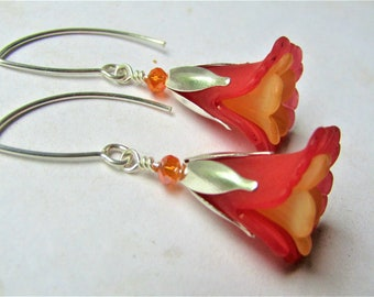 tulip wood earrings nature jewelry textured tulip earrings flower earrings tulip jewelry Red tulips earrings tulips painted earrings