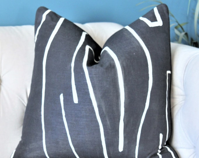 Kelly Wearstler Graffito Pillow Cover - Onyx Modern Pillow - Designer Geometric Pillow Cover - Lee Jofa - Groundworks