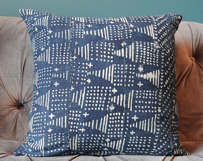 Authentic African Mudcloth Indigo Pillow Cover - Blue and White Geometric Pillow Cover