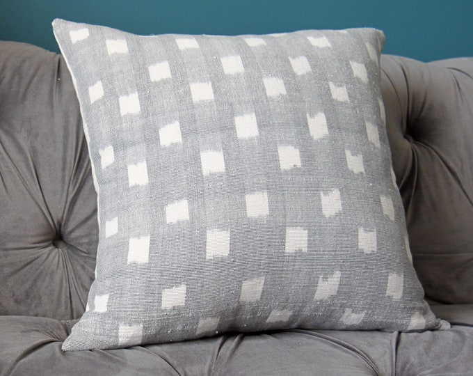 Kufri Life - Rex in Grey - Modern Geometric Woven Grey and Off White Pillow Cover - Ikat
