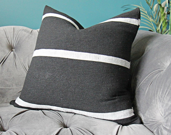 Black and White painted stripe pillow cover - Authentic Moroccan woven fabric - One of a kind