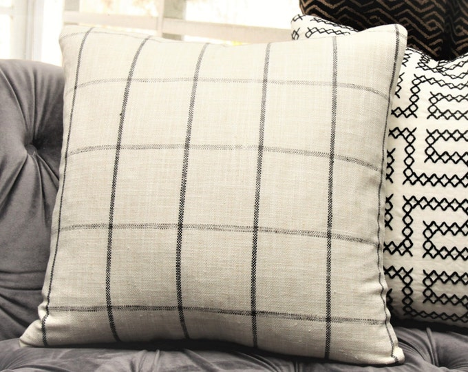 Sale - Last one 18x18 Black and Ivory Check Plaid - Shabby Chic Woven Pillow Cover - Pillow - Rustic Chic Decor - Black Plaid