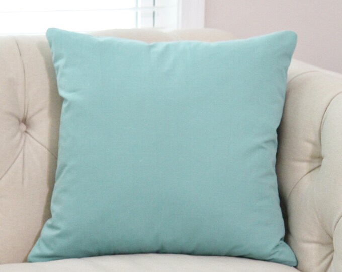Sale 35.00 Mineral Green Cover - Blue Green Solid Pillow - Aqua Green Blue Toss - Solid Teal Throw Pillow - Blue Green Pillow - Throw Pillow