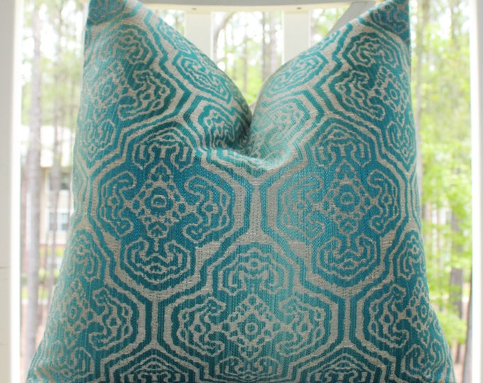Sale 25.00 - Turquoise Peacock Blue Geometric Medallion Pillow Cover