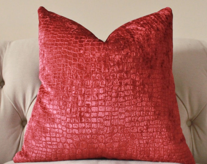 Sale 35.00 Decorative Pillow - Merlot Red Designer Pillow Cover - Red Wine Textured Throw Pillow -  Animal Print Pillow - Hollywood Regence