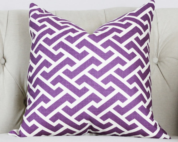Sale - 25.00 Quadrille Aga Purple Pillow Cover - Geometric Pillow - Throw Pillow - Purple Home Decor - Zig Zag - China Seas