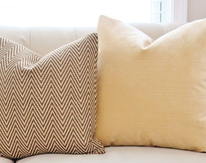 Sale - 35.00 Gold Brown Zig Zag Chevron Pillow Cover - Throw Pillow - Decorative Designer Herringbone Pillow