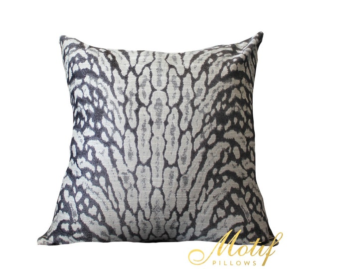 Sale - 25.00 Charcoal and Off White Animal Print Pillow Cover - Modern  Throw - Off White and Dark Gray -  Pillow Cover