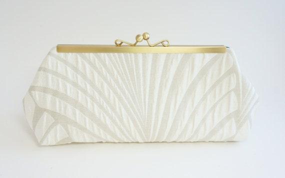 Ivory Bridal Clutch - 1920's Gatsby Art Deco - Wedding Purse - Ivory Evening Bag - Includes Crossbody Chain - Emerald lined
