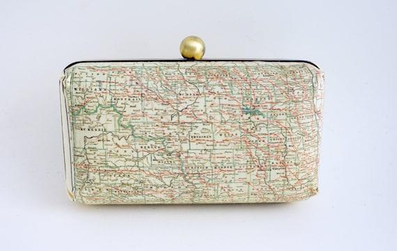 North Dakota Box Clutch Handbag - North Dakota - Gift - Souvenir - ND - Purse - Includes Shoulder Chain - Ready to Ship
