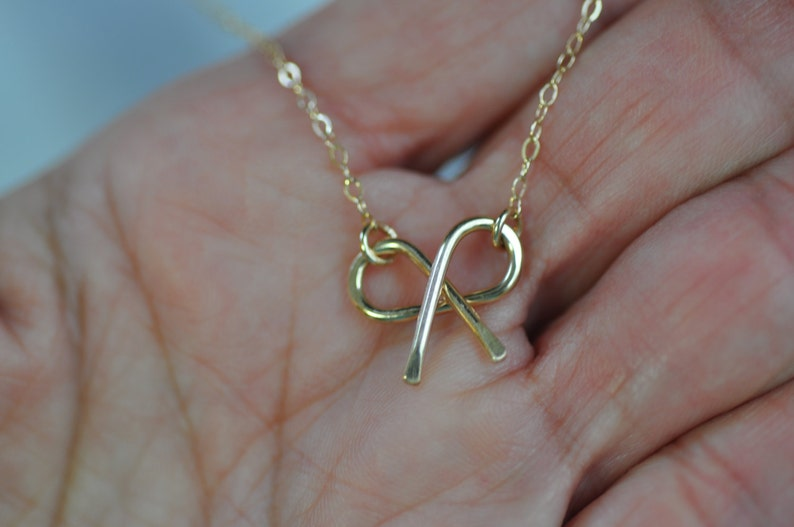 Bow Charm Bridesmaid Gift Small Bow Pendant,Delicate Bow Necklace Gold Bow Necklace Silver-Gold Bow Jewelry Wire Jewelry