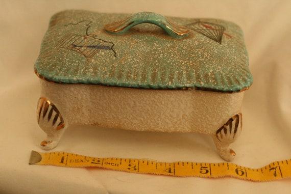 Kitschy vintage trinket jewelry box atomic birdcag