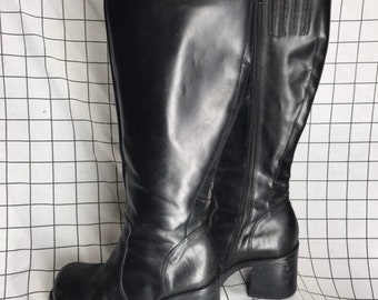 04212bcd4e0 Vintage 9+Co Knee High Leather Chunky Heel Boots