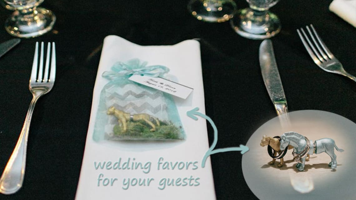 wedding favor or escort card for 50 guests zoo favors  etsy