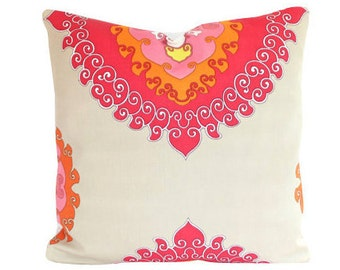 Outdoor Schumacher Super Paradise Punch Pillow Cover in Red, Orange Pink and Tan