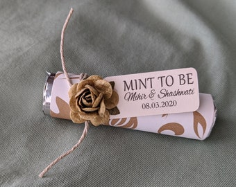 """Gold wedding favors - Set of 120 mint rolls - """"Mint to be"""" favors with personalized tag - rose gold theme, wedding favors, unique gift"""