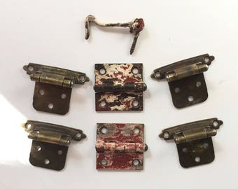 Vintage Cabinet Hinges, Two 1928 Butt Hinges, Four Mid Century Self-Closing Hinges, Cabinet Hardware, Salvaged Utility Hinges Hardware