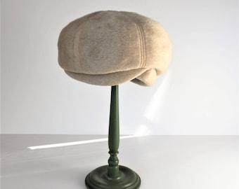 1960s Mod Ladies Hat, Vintage Marche Italy Bubble Hat, Faux Fur Ivory Hat, Wearable Twiggy Hat